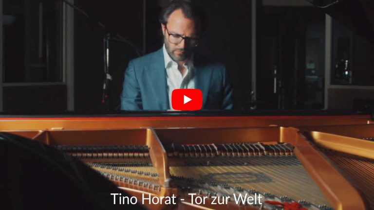 Tino Horat - Tor zur Welt